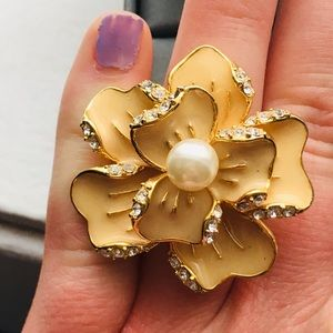 Jewelry - Cocktail ring. Size 8.
